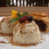 りんごといちじくのパイ<br>Apple & Fig Pie