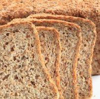 発芽パン Sprouted Wheat Bread